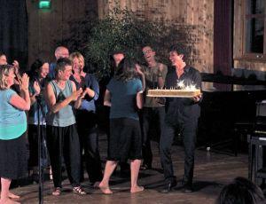 Ansgar-mit-Kuchen